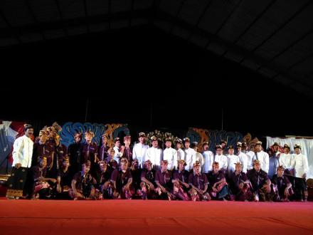 Pagelaran Seni dan Budaya Kecamatan Busungbiu